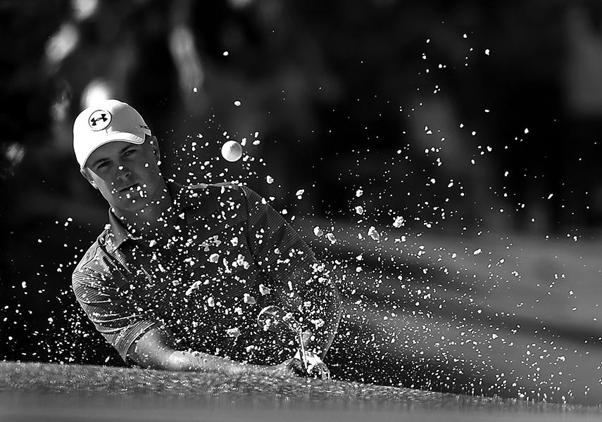 Jordan Spieth hits a shot from a sand trap along the 10th green during the final round of the Masters on Sunday, April 10, 2016, at Augusta National Golf Club in Augusta, Ga. (Jeff Siner/Charlotte Observer/TNS)