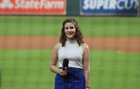 Sophia Sereni: Cancer survivor sings national anthem at Astros game