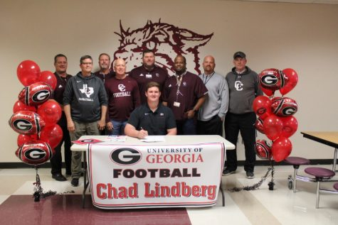 Georgia Bulldogs officially sign Chad Lindberg