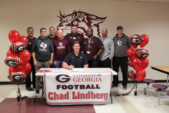Georgia Bulldogs officially sign Chad Lindberg