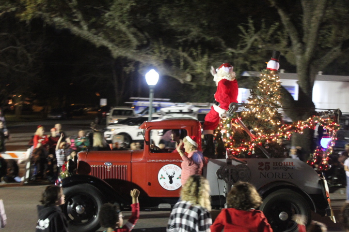 League City Christmas Parade