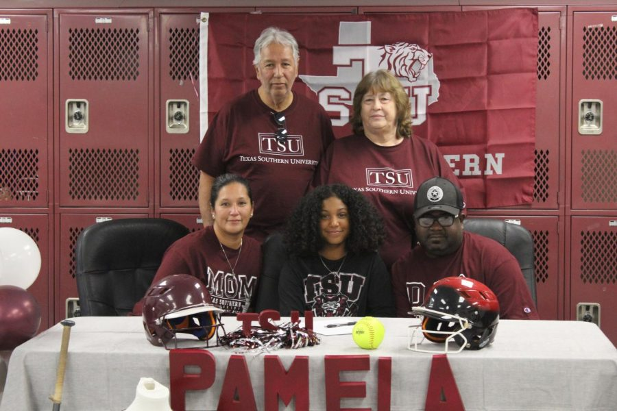 Pam Richardson's softball signing 12.5.19